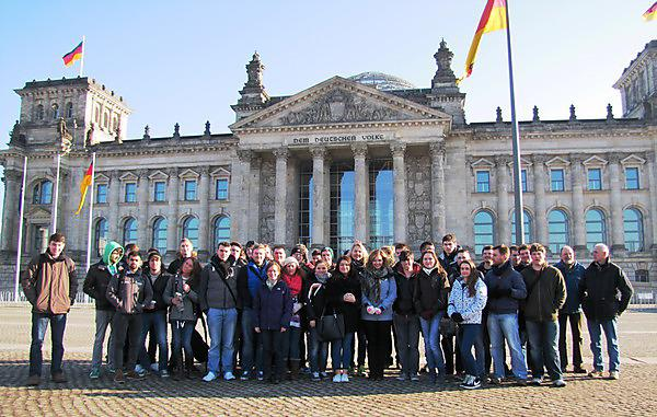 International Field Trips allow to you to experience the international scope of the industry