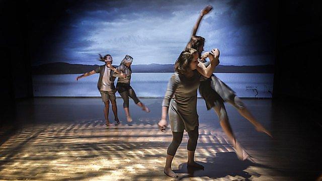 Dance theatre students