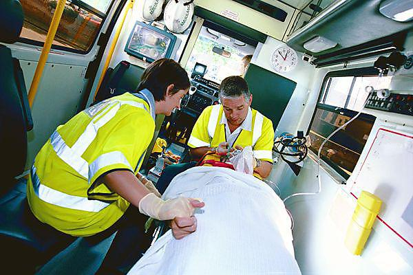 Retrieval and transfer of a critical care patient within special situations (masters level)