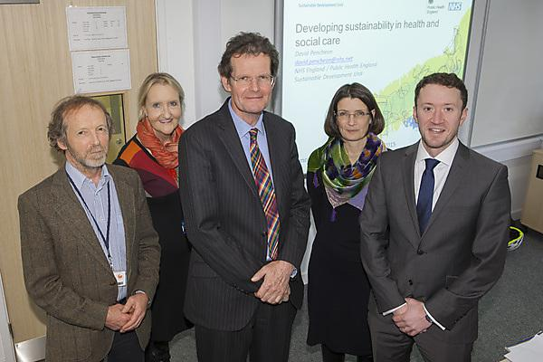 Dr David Pencheon OBE delivering a seminar and discussion session about sustainability in health and social care