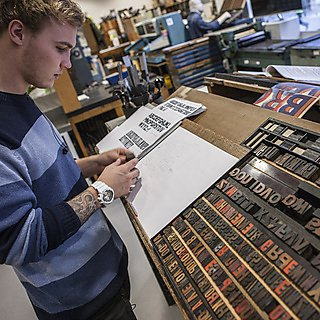2nd year student Ernie creates prints of quotes from interviews with different letterpress technicians, for a book that will celebrate the art of letterpress.