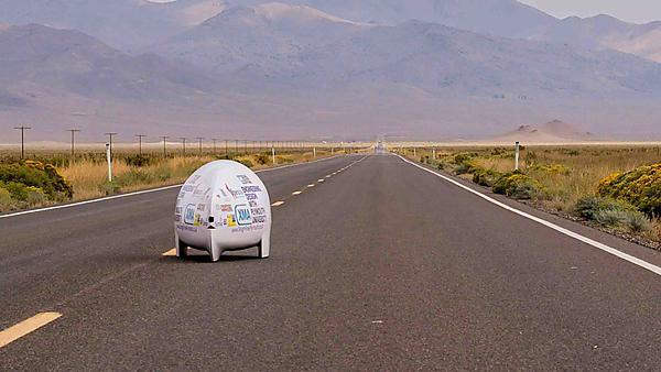 Project Nevada - handcycling towards the horizon