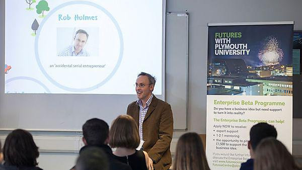 Rob Holmes, founder of the Gro Company, gives an entrepreneurial guest lecture with Beta Enterprise