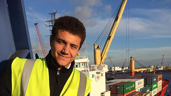 Bartolome Bauza – BSc (Hons) Maritime Business and Logistics graduate