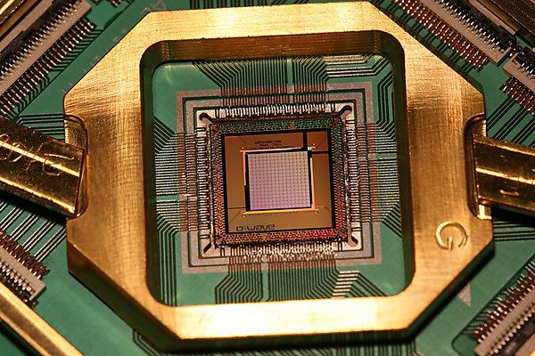 A D-Wave 1000 Qubit Quantum Processor - Image Courtesy of D-Wave Systems Inc