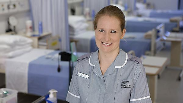 Zoe Young – BSc (Hons) Nursing (Adult) graduate
