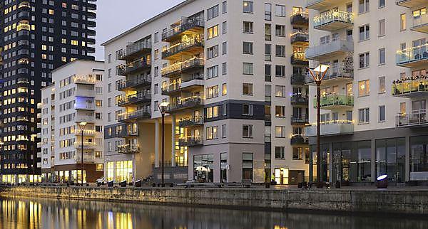 <p>  </p><div>Modern apartment buildings</div><p></p>