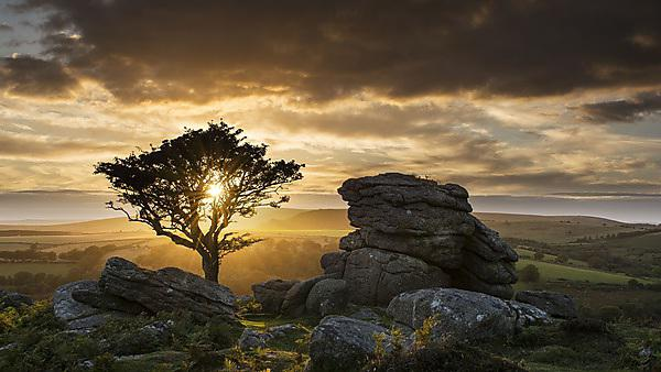 <p>                <b></b>'Sunset at Emsworthy Rocks, Eastern Dartmoor' © Sarah J Boulton. CRES Research Conference 2015 photo competition winner<br></p>