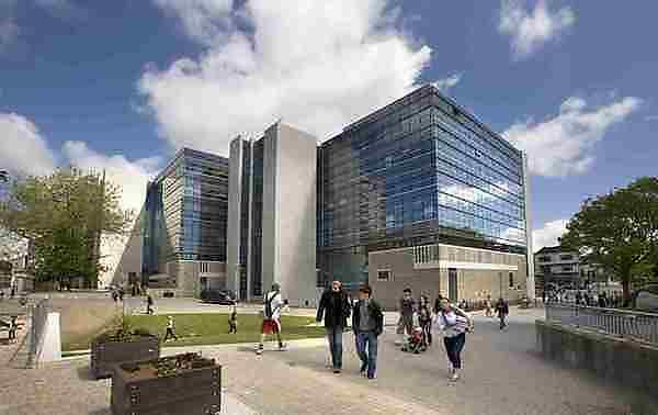<p>University of Plymouth</p>