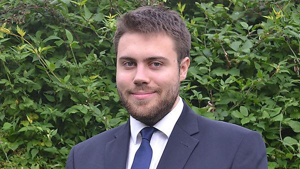 Thomas Perry – software engineer at the United Kingdom Hydrographic Office
