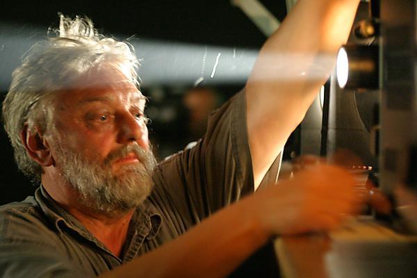 Malcolm Le Grice, Film als Spektakel, Ereignis und Performance, PhoenixHalle Dortmund, September 2004