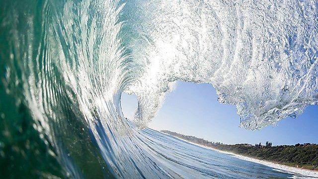 <p>  </p><div>ocean waves</div>  <br><p></p>