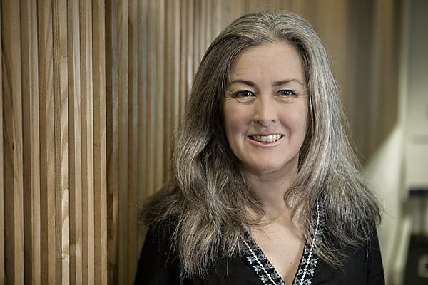 <p>Polly Higgins -&nbsp;UK-based barrister with a proposal to expand the remit of the International Criminal Court to include Ecocide as an international crime.<b> </b>  </p>
