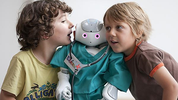 <p>ALIZ-E project: Nao robot and children. Study into how robots could act as companions for young children. the robots are to be tested in children's hospital's.<br></p>