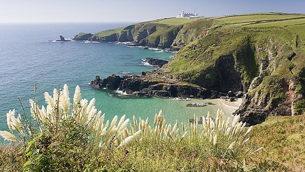 <p>Cornish coast - Getty Image</p>