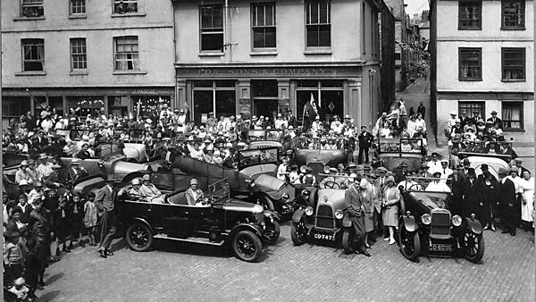 <p>1920s car rally, the Barbican Plymouth</p>