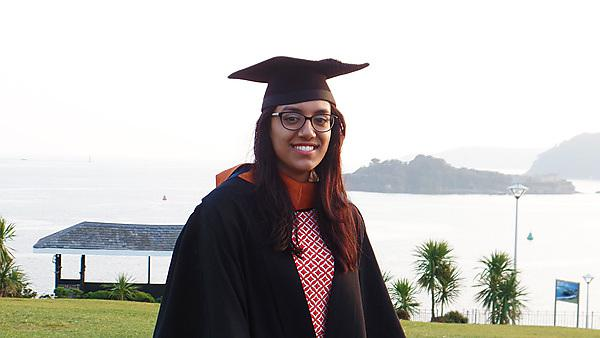 <p>Student placements - Muna Rahman - Technology Information Service technical assistant at Plymouth University<br></p>