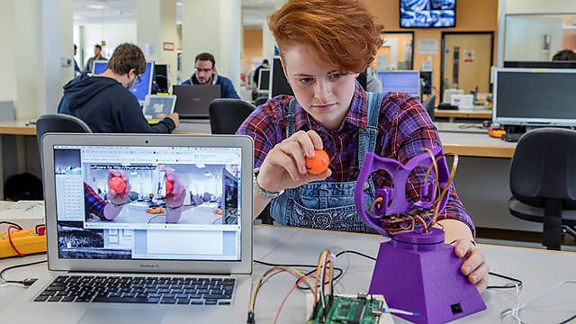 <p>Smeaton Building</p><p>First and Final year students working with Robots in the labs – bipedal robotics and control engineering&nbsp;</p>
