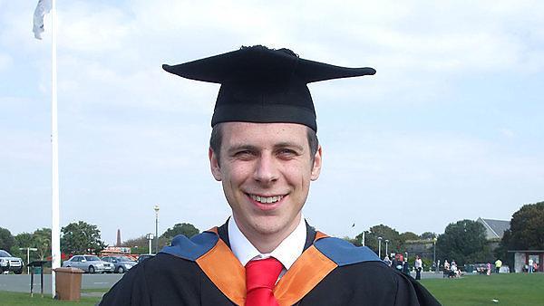 <p>Samuel Mahoney graduate profile</p>