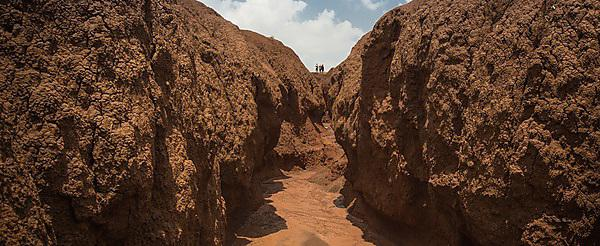 Exhibition and lecture show stark effects of soil erosion