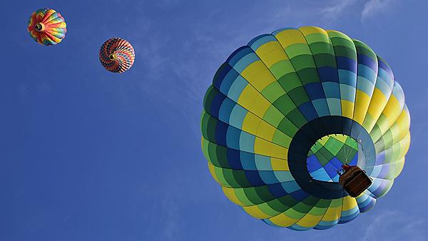 <p>Picture of hot air balloons in the sky (image courtesy of pixabay)<br></p>