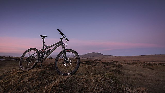 <p>Getting here bike dartmoor</p>