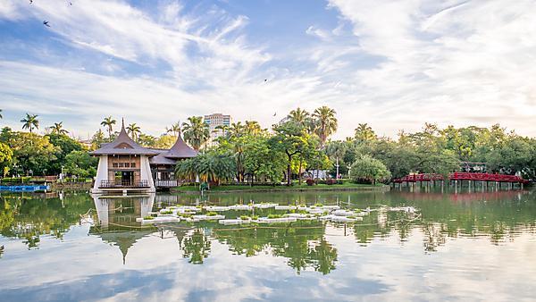 <p>Taichung Park Pavilion, Taiwan</p>