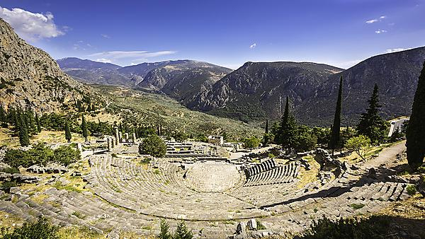 Earthquake faults may have played key role in shaping the culture of ancient Greece, study suggests
