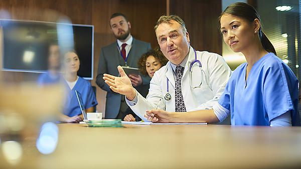 <p>Medical meeting.&nbsp;Image courtesy of Getty Images.</p>