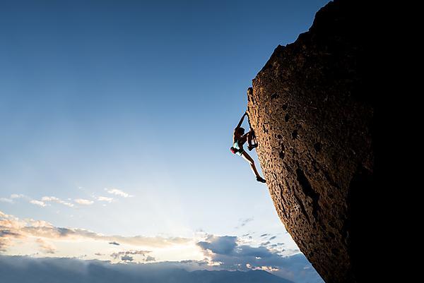 <p>  Climbing<br></p>