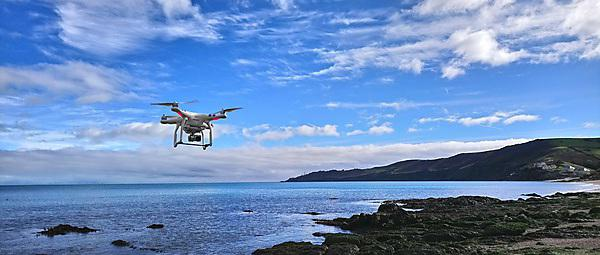 <p>UAV Flight over Slapton Sands for Photogrammetry</p>