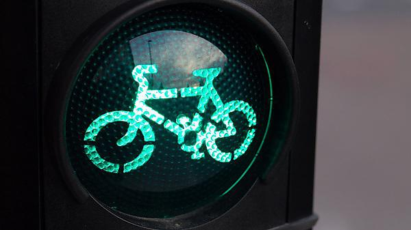 <p>Traffic light for cyclists. An Illuminated crossing LED showing a 'GO' green cycle sign.<br></p>