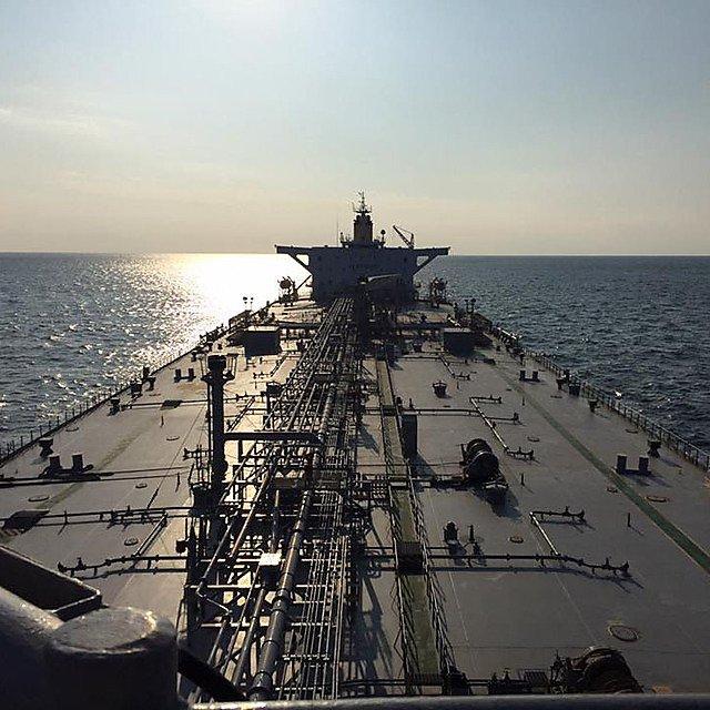 <p>Jisoo Kim's view of a ship</p>