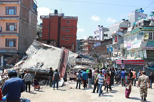 The aftermath of the 2015 Nepal earthquake (By Rajan Journalist via Wikimedia Commons)