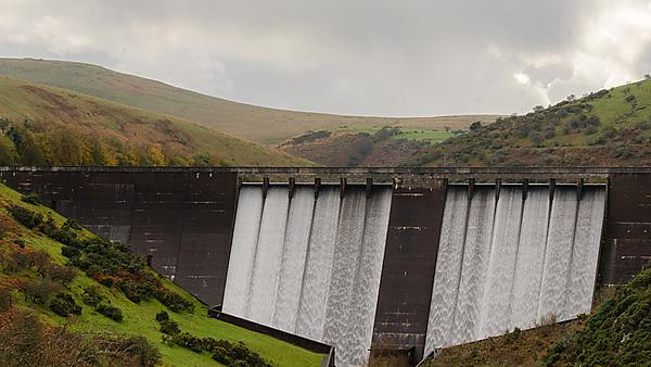 <p>The Dam at Meldon Reservoir in Dartmoor National Park, England<br></p>