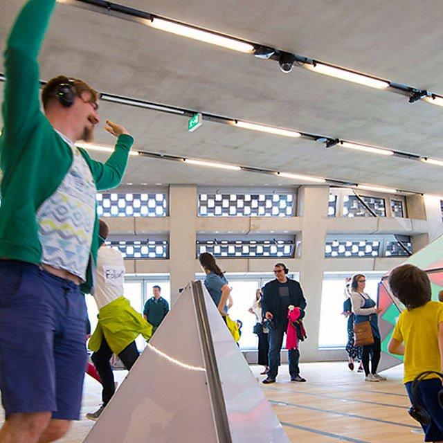 <p>Tate Modern installation</p>
