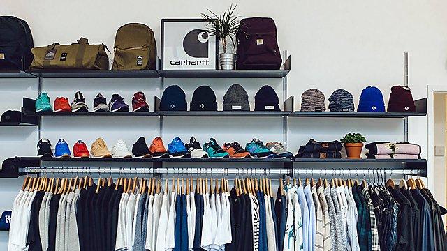 <p>Minerva Streetwear</p>