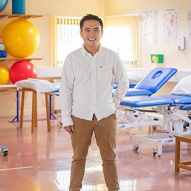 <p>Matt Chan</p>