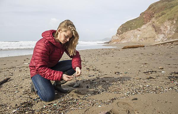 Student to swap labs for life on the ocean waves to gain greater understanding of microplastic pollution