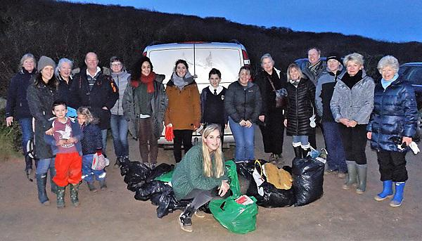 Emily Stevenson with volunteers at one of Beach Guardian's clean-ups in Cornwall