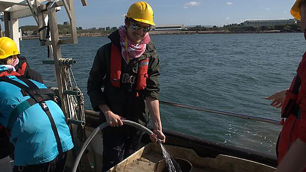 Davis graduated from BSc (Hons) Marine Biology in 2017 and is currently employed as a PhD student by The Marine Biological Association (MBA) in Plymouth