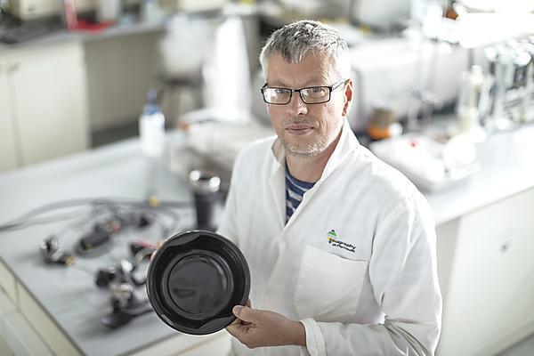 Dr Andrew Turner