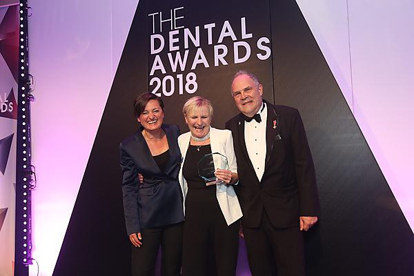 <p>Professor Liz Kay MBE with Zoe Lyons and Nigel Carter OBE at the national dental awards hosted by The Probe magazine</p>