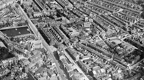 <p>Aerial photo of North Hill</p>