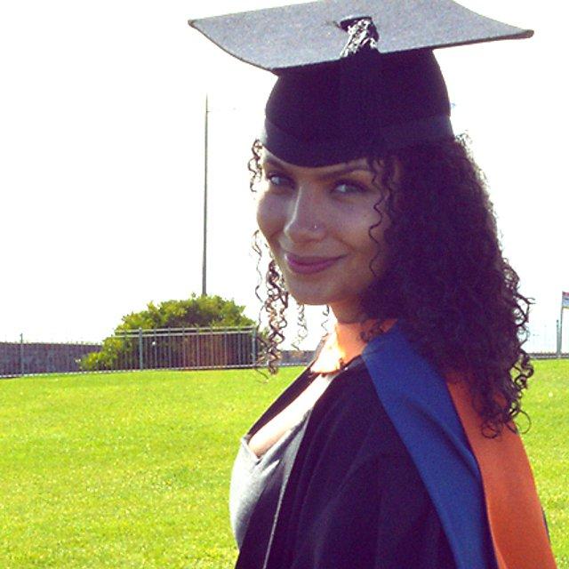 <p>Alumni case study Ella Graham Goodman History with English graduate<br></p>