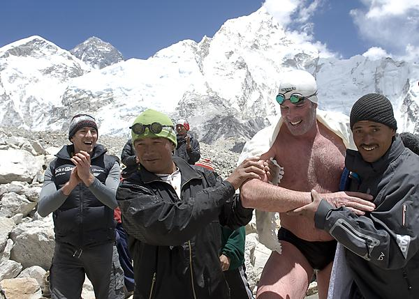 Lewis Pugh after swimming across a glacial lake on Mount Everest (by Lewispugh from Wikimedia Commons)