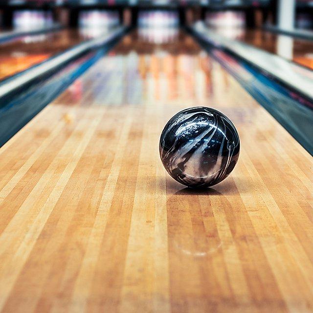 <p>Bowling</p>
