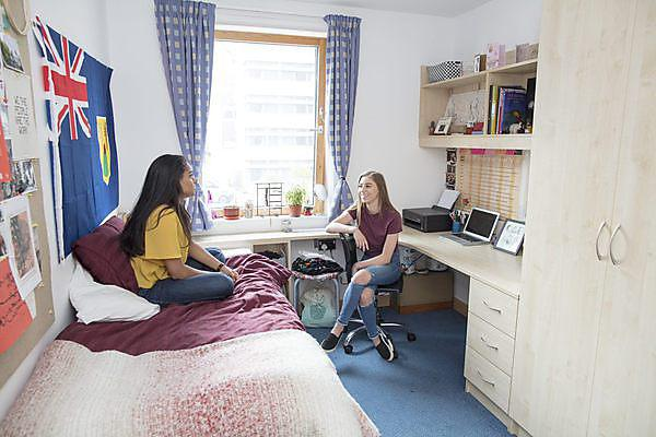 Clearing accommodation