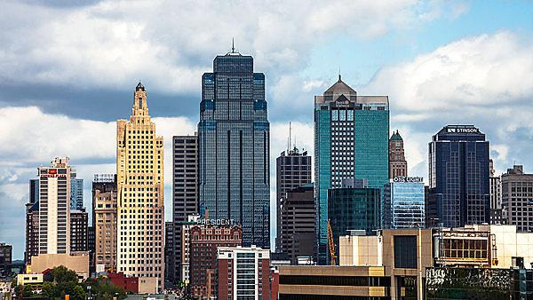 <p>Downtown Kansas city</p>