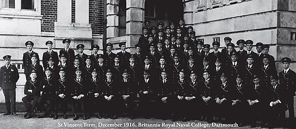 Cadet warships guide reprinted for First World War centenary